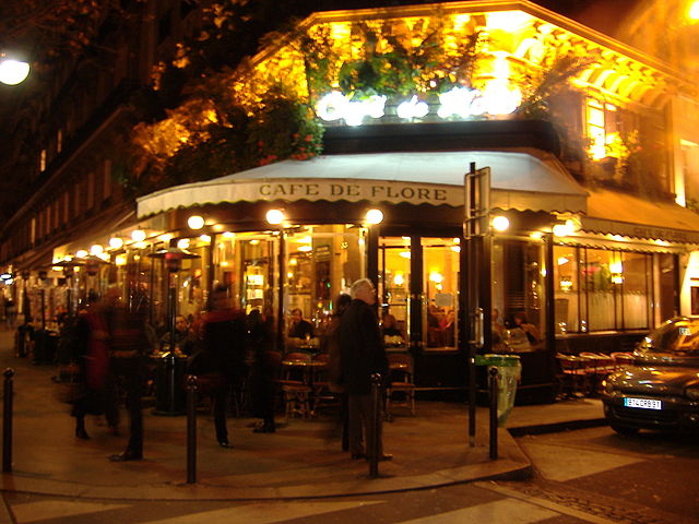 640px-Cafe_de_Flore_at_night.JPG